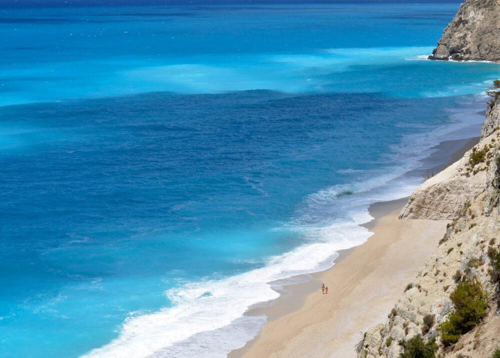 παραλία Εγκρεμνοί στην Λευκάδα
