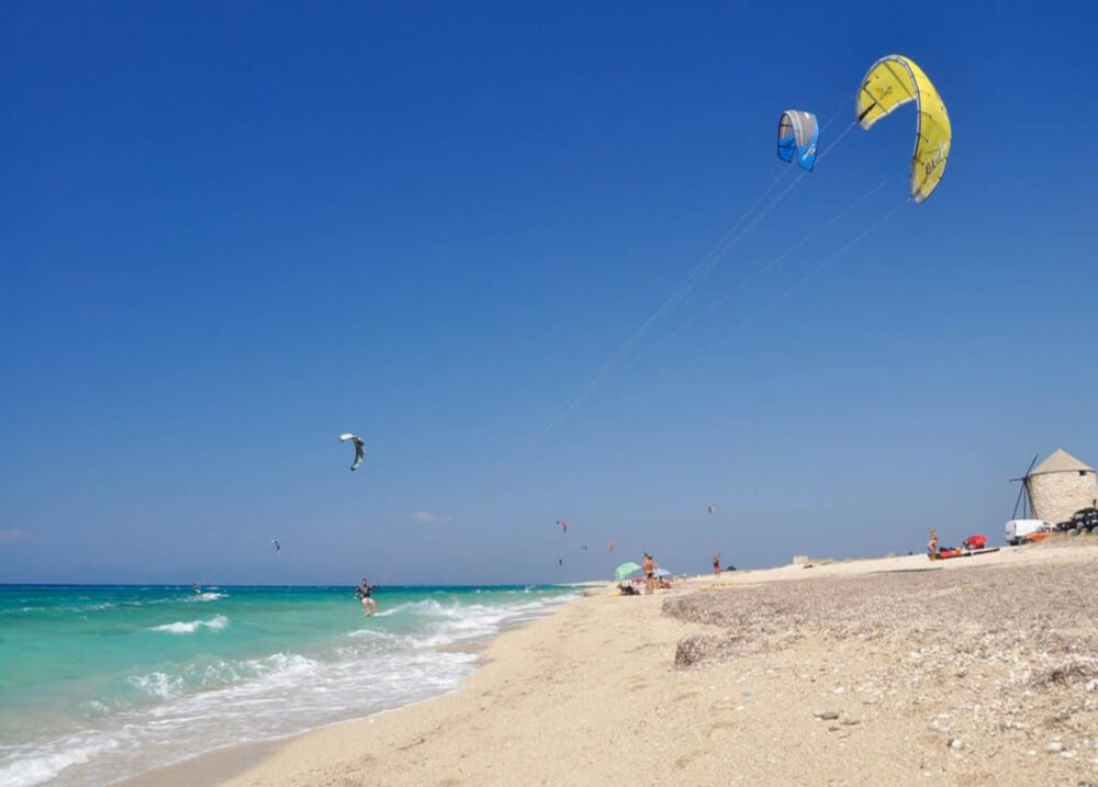 Kite surfing στην παραλία Μύλοι της Λευκάδας